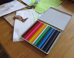 A set of pencil crayons